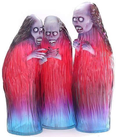 Three_witches-john_kenn_mortenson-three_witches-unbox_industries-trampt-302584m