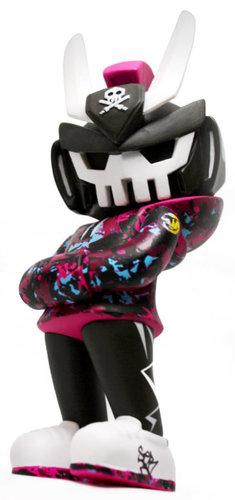 Graffiti_kings_teq63_toycon_uk_19-quiccs-teq63-martian_toys-trampt-302663m