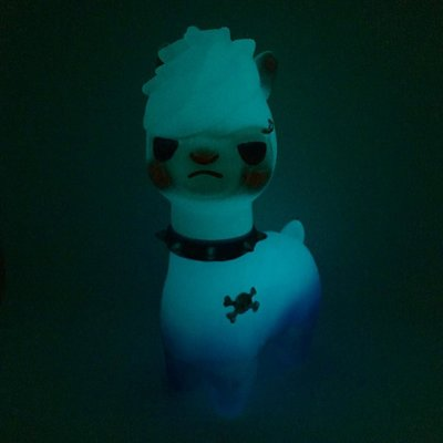 Space_walker_pakka_the_alpaca-pyt_room-pakka_the_alpaca-self-produced-trampt-302847m