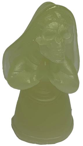 Gid_pray-nick_nightmare-pray-trampt-302974m