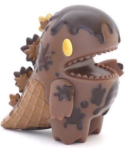 Dark_chocolate_ice_cream_little_dino_sts_19-ziqi-little_dino-unbox_industries-trampt-302982m