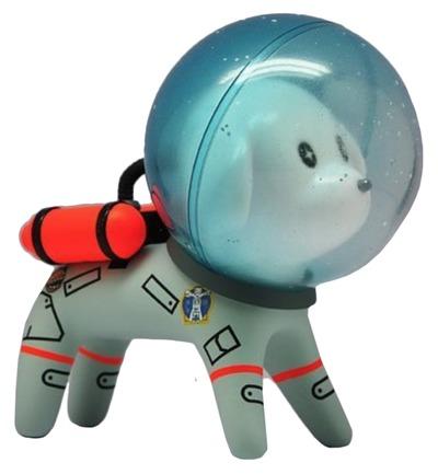 Laika-coolrain-space_dog-trampt-303011m