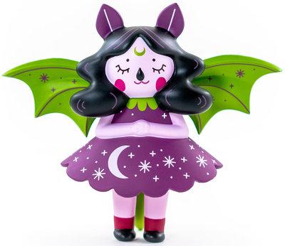 Midnight_moon_bat-nightly_made-moon_bat-martian_toys-trampt-303367m