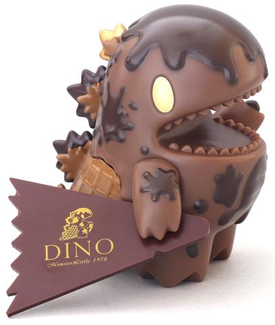 Dark_chocolate_ice_cream_little_dino_sts_19-ziqi-little_dino-unbox_industries-trampt-303534m