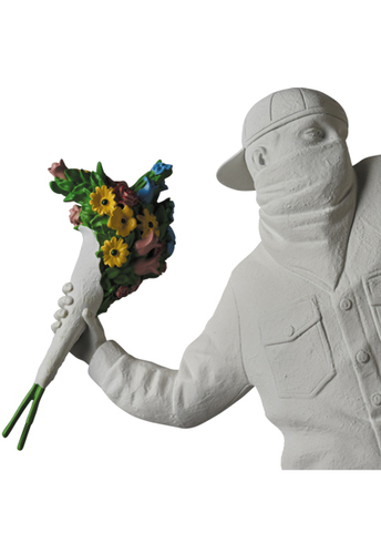 Gesso_flower_bomber-banksy_medicom-flower_bomber-medicom_toy-trampt-303885m