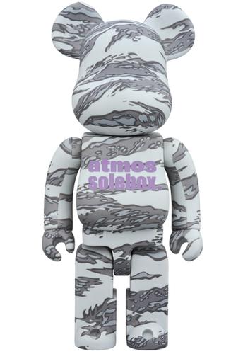 400_atmos_x_solebox_bearbrick-atmos-berbrick-medicom_toy-trampt-303938m