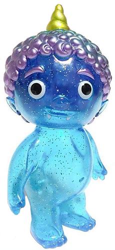 Clear_blue_with_glitter_oni_kid_fpf_19-cometdebris_koji_harmon-oni_kid-cometdebris-trampt-303962m