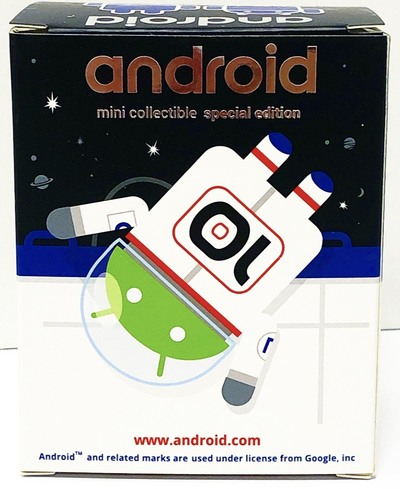 Astronaut_10_year_anniversary_android-andrew_bell-android-dyzplastic-trampt-304163m