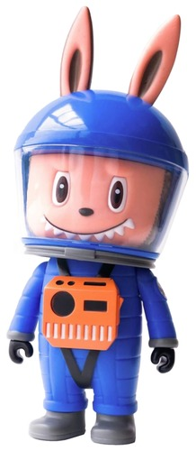 Blue_labubu_astronaut-kasing_lung_shon_side-labubu-how2work-trampt-305059m