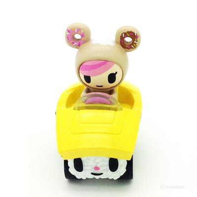 Donutella_tama-go_-tokidoki_simone_legno-tokidoki_sushi_cars-tokidoki-trampt-305154m