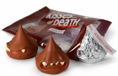Mostly_evil_kisses_of_death_3_pack-andrew_bell-kisses_of_death-dyzplastic-trampt-305252m