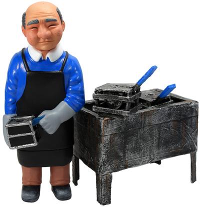 Sofubi-man_real_type_with_casting_table-mark_nagata-sofubi-man-trampt-305739m