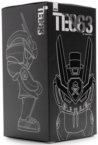 Titan_teq63_kidrobot_exclusive-quiccs-teq63-martian_toys-trampt-305942m