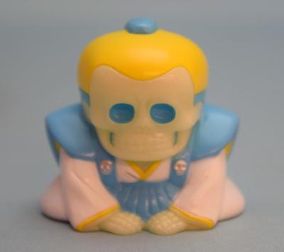 Gaikotsu_shoukai_honesuke__glow_in_the_dark__light_blue__hair__yellow-mori_katsura_skull_toys_takeuc-trampt-305972m