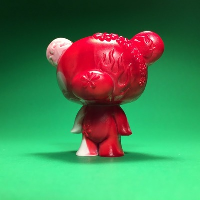 Junko_bear_-_red-junko_mizuno-junko_bear-scott_wilkowski-trampt-305992m