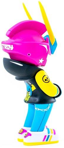 Pirateteq-47_neo-tokyo_pink_teq63_mindzai_exclusive-quiccs_serganddestroy_sergio_andujar_ii-teq63-ma-trampt-306162m