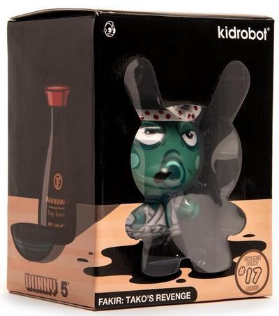 5_green_takos_revenge_kidrobot_exclusive-fakir-dunny-kidrobot-trampt-306191m