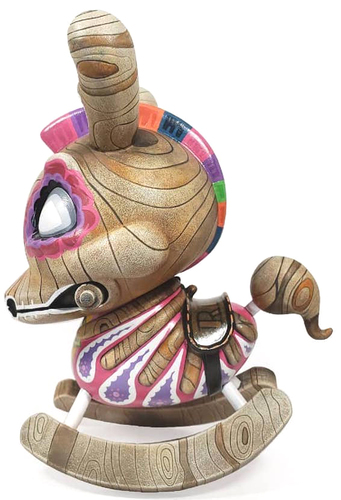 Untitled-rsinart-dunny-martian_toys-trampt-306212m
