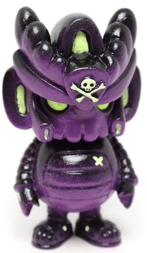 Purple_reson_teqmon-quiccs-teqmon-martian_toys-trampt-306366m
