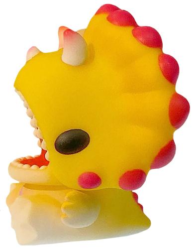 Baby_dino_yellow_variant-ziqi-unbox__friends-unbox_industries-trampt-307017m