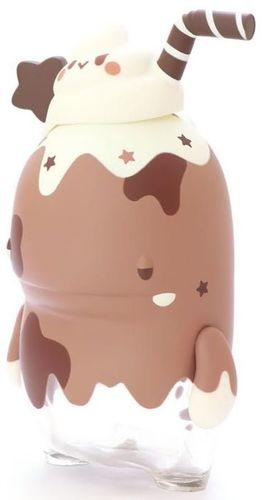 Chocolate_milk_bb_dino_ttf_19-pang_ngaew-ngeaw_dino-unbox_industries-trampt-307260m