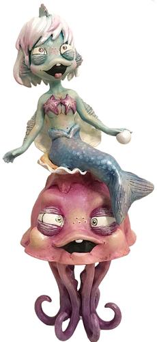 Betty_bubbles-one_eyed_girl_kasey_tararuj-ellie_the_jellyfish_princess-trampt-307325m