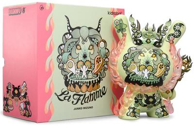 La_flamme_tomenosuke_exclusive-junko_mizuno-dunny-kidrobot-trampt-307358m