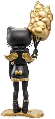 9_golden_gloom_edition_hello_kitty_x_candie_bolton-candie_bolton-kidrobot_x_sanrio-kidrobot-trampt-307856m