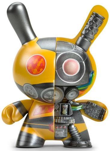 5_yellow_dairobo-b_mecha_half_ray-dolly_oblong-dunny-kidrobot-trampt-308423m