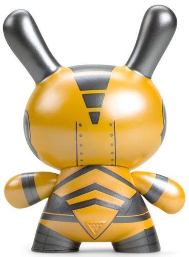 5_yellow_dairobo-b_mecha_half_ray-dolly_oblong-dunny-kidrobot-trampt-308426m