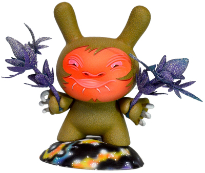 Strawberry_starduster_space_nuggyeater-ian_ziobrowski-dunny-trampt-308771m