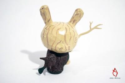 Carved_dunny-alanu_alan_urbina-dunny-kidrobot-trampt-308873m