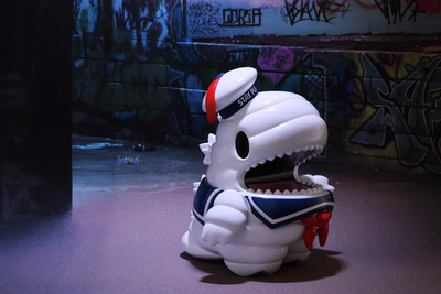 Stay_puft_giant_dino-ziqi-little_dino-unbox_industries-trampt-309647m