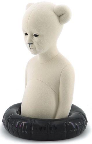 White_polar_kid-aspencrow-polar_kid-self-produced-trampt-309822m