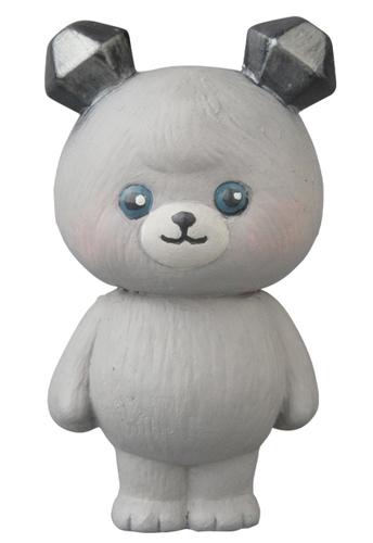 Gray_a_bear_cub_ice-mames-vag_vinyl_artist_gacha-medicom_toy-trampt-311862m