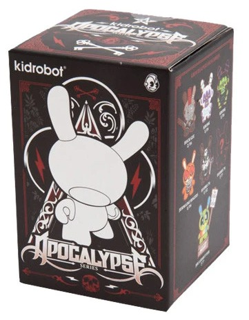 Kukulcan_dunny_shadow_edition-jesse_hernandez-dunny-kidrobot-trampt-313664m
