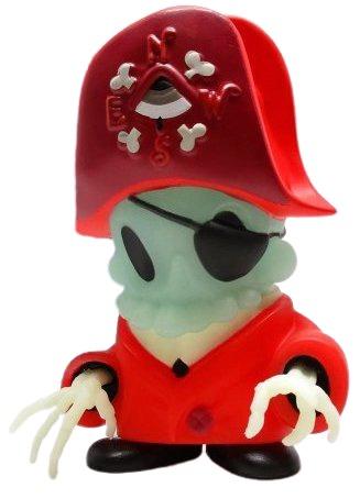 Dread_pirate-kathie_olivas_brandt_peters-dark_harbor-kidrobot-trampt-313700m