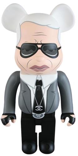 1000_grey_suit_karl_lagerfeld_berbrick-fakir-bearbrick-trampt-313990m