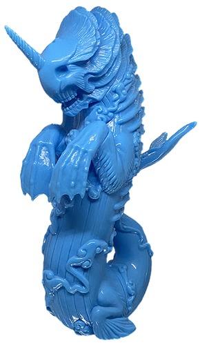Blue_blank_bake-kujira-candie_bolton-bake-kujira-toy_art_gallery-trampt-316682m