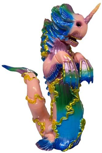 Pink_painted_bake-kujira-candie_bolton-bake-kujira-toy_art_gallery-trampt-316684m