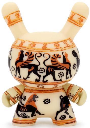 3_the_met_masterpiece_dunny__greek_cosmetic_vase-kidrobot-dunny-kidrobot-trampt-317312m