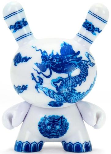 3_the_met_masterpiece_dunny__chinese_dragon_panel-kidrobot-dunny-kidrobot-trampt-317314m