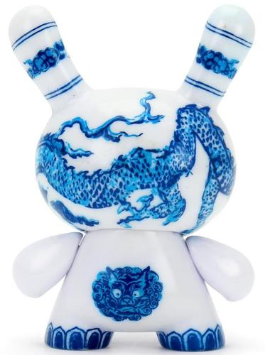 3_the_met_masterpiece_dunny__chinese_dragon_panel-kidrobot-dunny-kidrobot-trampt-317316m