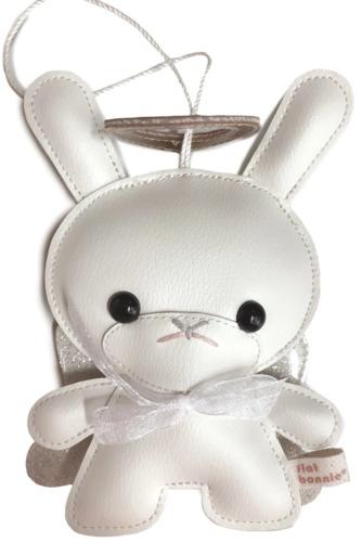5_holiday_plush_dunny-flat_bonnie-bhunny-kidrobot-trampt-317555m