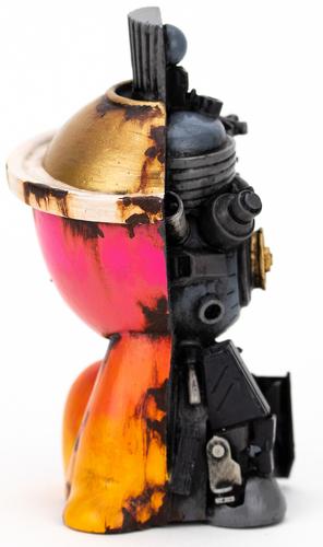 Pink_hombre_de-activated_canbot-klav_kevin_derken-canbot-trampt-317757m