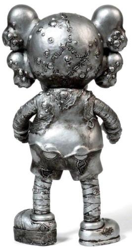 Kaws_x_pushead_companion_-_silver-kaws_brian_donnelly_pushead-pushead_companion-medicom_toy-trampt-318039m