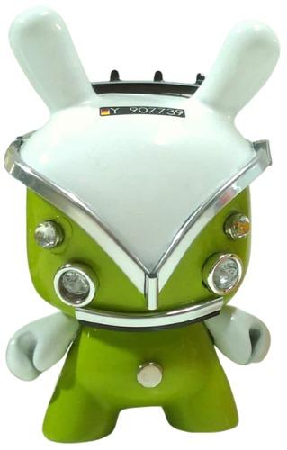 Vw_kombi_dunny_green-jan_calleja-dunny-trampt-318144m
