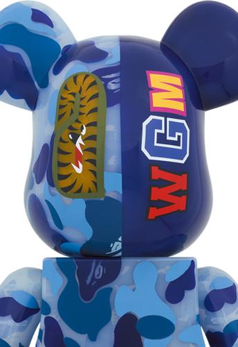 1000_clear_blue_shark_camo_x_mika_ninagawa_berbrick-bape_a_bathing_ape_mika_ninagawa-bearbrick-medic-trampt-318293m