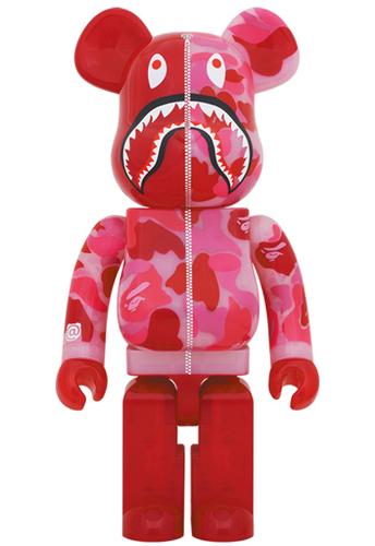 1000_clear_red_shark_camo_x_mika_ninagawa_berbrick-bape_a_bathing_ape_mika_ninagawa-bearbrick-medico-trampt-318296m