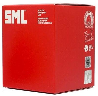 Bigmon_sitting-sticky_monster_lab-sml_mini-figure-self-produced-trampt-320501m